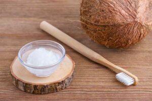 Зубная паста с кокосовым маслом